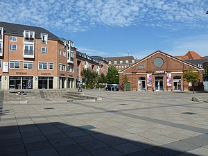 Østerfælled Torv - Apartment buildings and the small stage of Theatre Republique at Østerfælled Torv