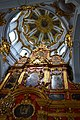 Алтарь и купол Андреевской церкви в Киеве.jpg