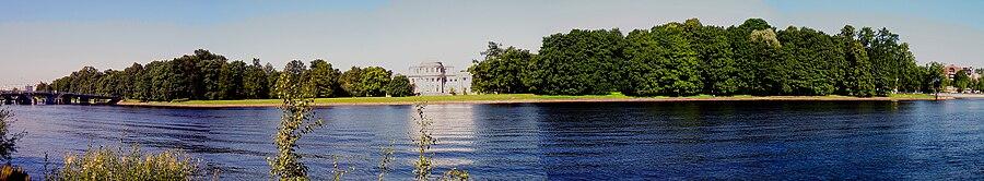 Елагин остров и дворец
