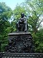 Памятник И.А.Крылову, Летний сад.jpg