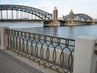 Bolsheokhtinsky Bridge - The 100-year-old bridge in 2012.