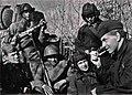Эренбург в гостях у танкистов, 1942 год.jpg