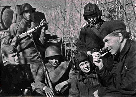 Soviet writer and journalist Ilya Ehrenburg with Soviet soldiers in 1942