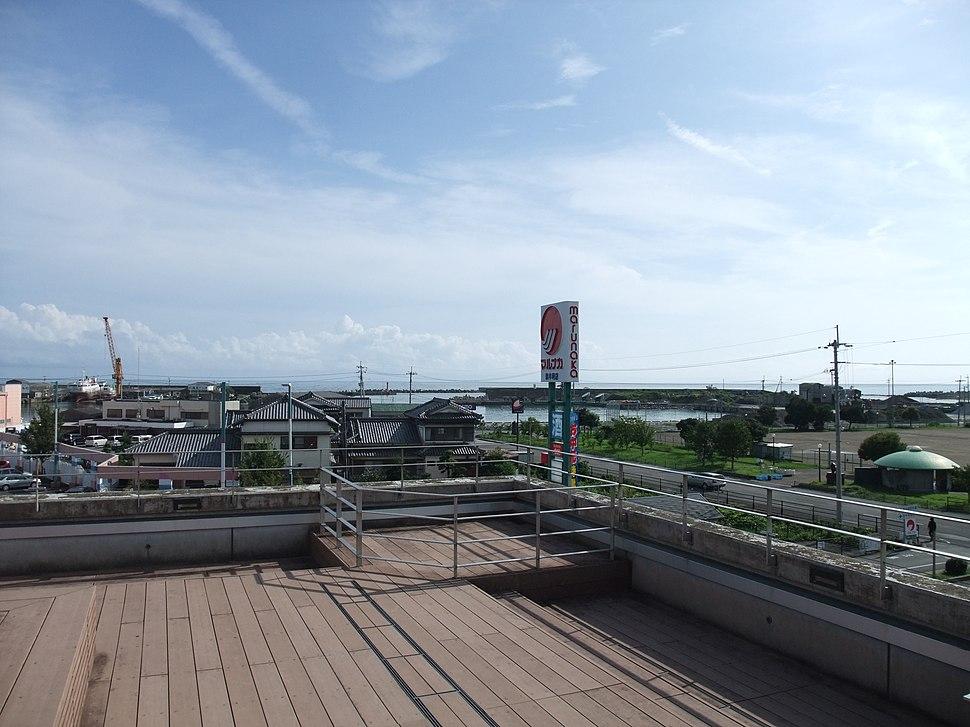 くろ鉄奈半利駅からの眺め・南向き - panoramio