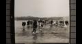 대동강 건너 남하하는 피난민.png