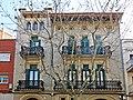 137 Casa Solé, av. Barcelona 8 (Vilafranca del Penedès).jpg