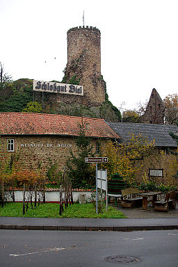 Burg Layen