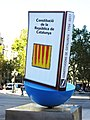 151 Monument al Llibre, de Joan Brossa (Barcelona), en commemoració de la Diada.jpg
