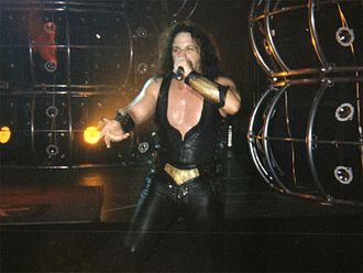 Manowar - Eric Adams of Manowar, 2002 Bercy Paris live
