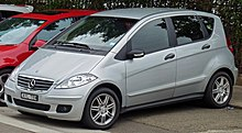 2006 Mercedes-Benz A 170 (W 169) Classic 5-door hatchback (2011-01-13).jpg