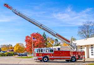 Seagrave Fire Apparatus - 2007 Seagrave Marauder with 100' Patriot Ladder - Elgin Fire Department in  Illinois