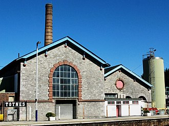 Exeter–Plymouth line - The old engine house at Totnes