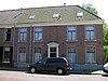 foto van Dubbel woonhuis met bijbehorende erfscheiding in eclectische trant