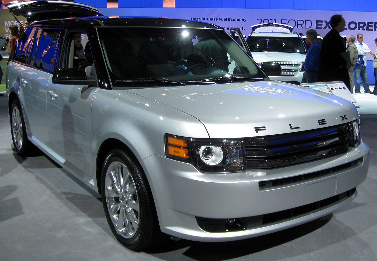 file 2011 ford flex titanium 2011 wikimedia. Black Bedroom Furniture Sets. Home Design Ideas
