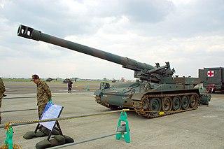 1960s self-propelled 203 mm howitzer of American origin