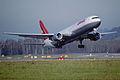 269au - Lauda Air Boeing 767-3Z9ER, OE-LAE@ZRH,20.12.2003 - Flickr - Aero Icarus.jpg