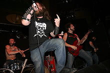 3 Inches of Blood actuant a Reds, Edmonton, 2005