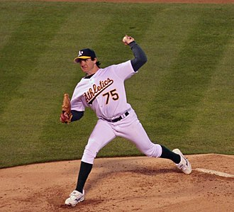 Barry Zito - Zito pitching for the Athletics in 2002
