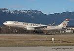 A6-AFC Airbus A330-343X A333 -ETD (11870894253).jpg