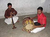 A depiction of Nadaswaram and Tavil play.JPG