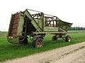 A sugar beet cleaner-loader - geograph.org.uk - 1303056.jpg