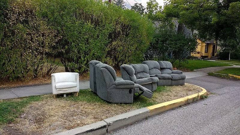 File:Abandoned furniture.jpg Description English: An abandoned sectional sofa and chair in the University District in Missoula, Montana.