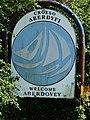 Aberdyfi-Aberdovey western approach sign.jpg
