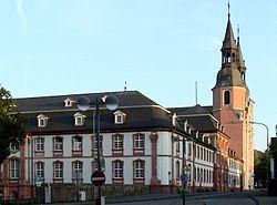 Abtei Pruem mit St. Salvator-Basilika.jpg