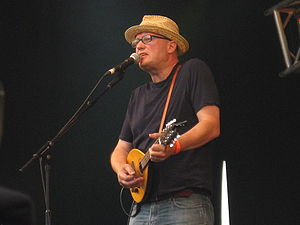 Ade Edmondson - Edmondson at the 2009 Cropredy Festival