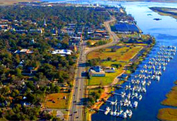 Aerial photograph of the Old Town National Historic District in Brunswick, Georgia.png