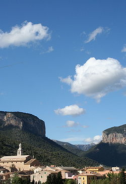 Alaro, Majorca, Spain from village school (492598616).jpg
