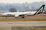 Alitalia, EI-EJI, Airbus A330-202 (24661714882).jpg