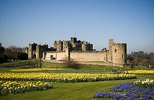 Alnwick Castle 02.jpg