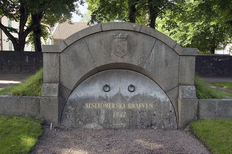 File:Alströmerska graven 02.jpg