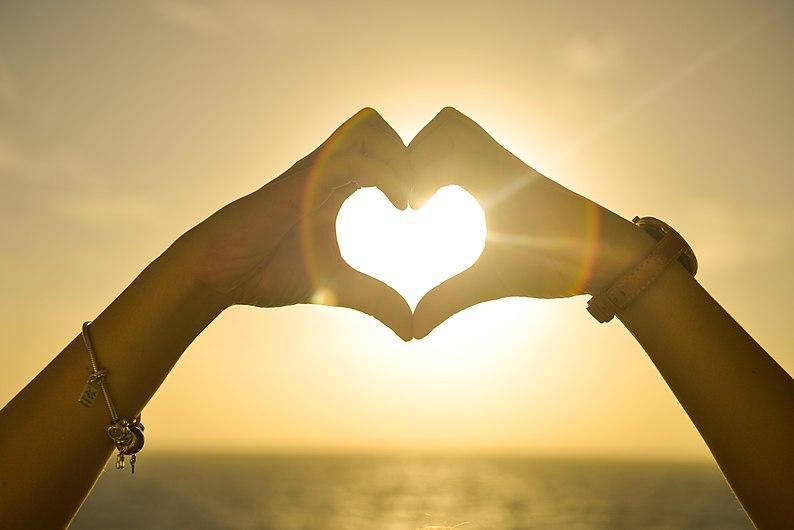 Amor en un corazón.jpg