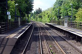 Appleford railway station platforms in 2009.jpg