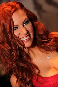 April Macie AVN Awards 2013.jpg