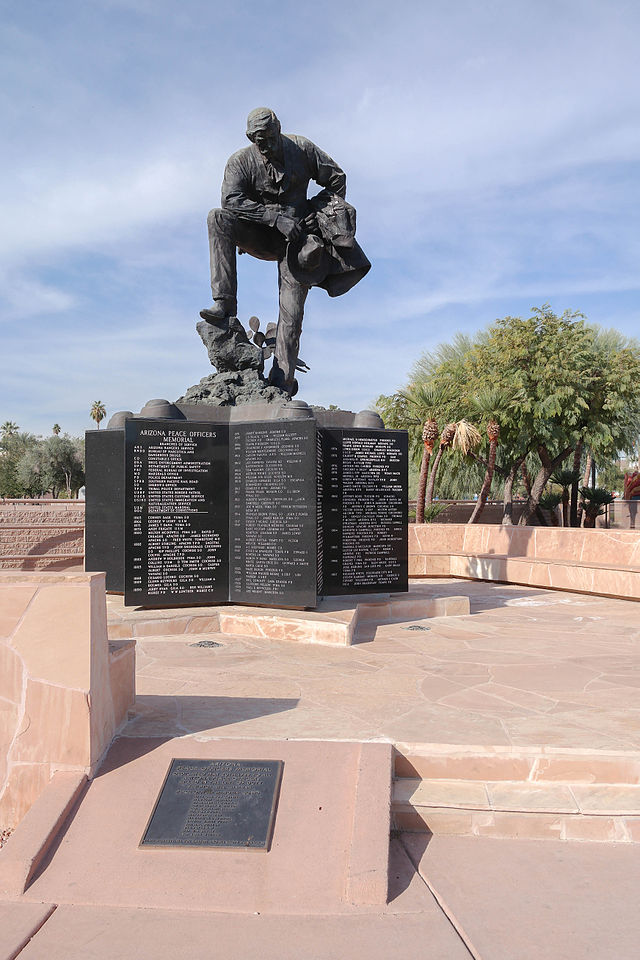 Arizona Peace Officers Memorial.jpg