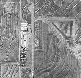 Arledge Field Airport-TX-18Dec1994-USGS.jpg