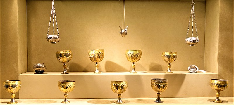 File:Attarouthi Treasure - MET - Joy of Museums.jpg