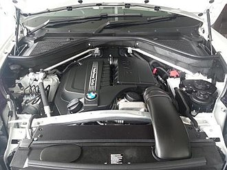 BMW N55 - Image: BMW N55 engine 2013