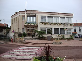 Balbigny - The town hall in Balbigny