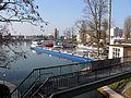 Basel Rheinhafen mit Blick nach Hunigue (F).jpg