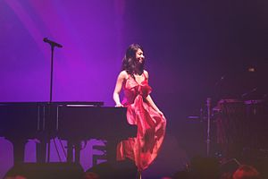 Belle Chen - Image: Belle Chen performs at Roundhouse Camden 2015