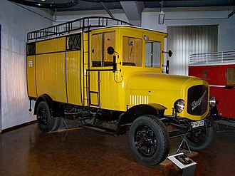 Theodor Bergmann - Bergmann parcel delivery van with electric motor, built between 1922 and 1927, engine power 20 hp, speed 20 km/h, payload 2,5 t, in the Transport Museum in Nuremberg