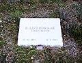 Bernardus IJzerdraat grafsteen.jpg