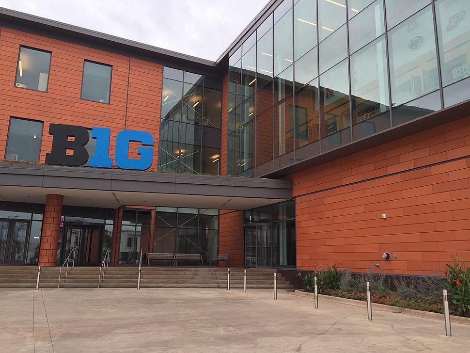 Big 10 HQ (21617731102)