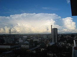 Big cloud approaching Manaus, Brazil.JPG