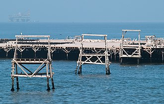 Bird Island (Namibia) - Arrangements for transporting guano to shore