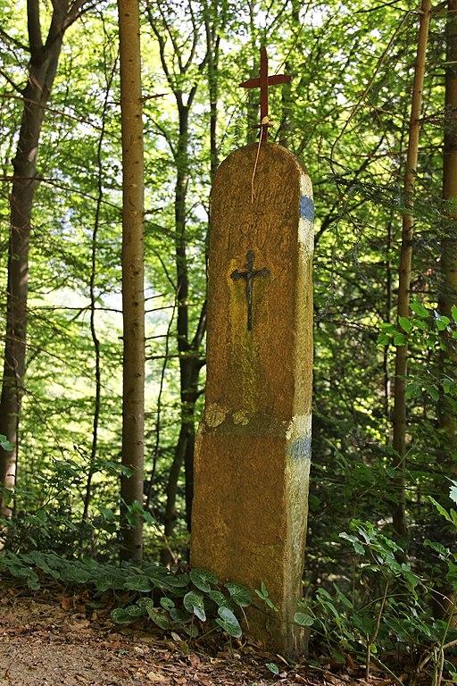 Datei Blaues Kreuz Nordlich Von Spitz 01 2014 07 Jpg Wikipedia